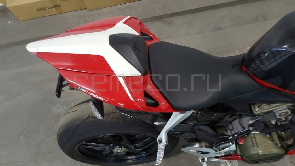 Ducati 1199 Panigale (12)