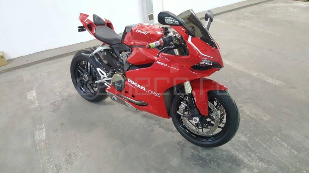 Ducati 1199 Panigale (18)