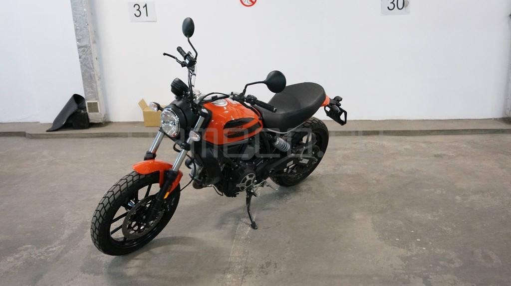 Ducati Scrambler Sixty2 (19)