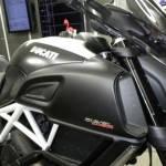Ducati Diavel Carbon White (16)