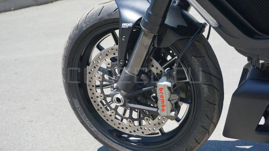 Ducati Diavel Dark (12)
