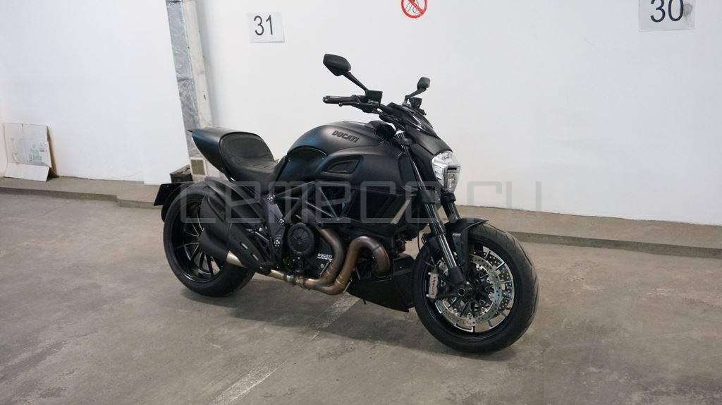 Ducati Diavel Dark (13)