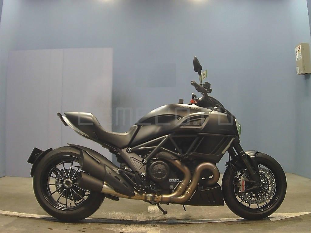 Ducati Diavel Dark 2014 (4637km) (1)