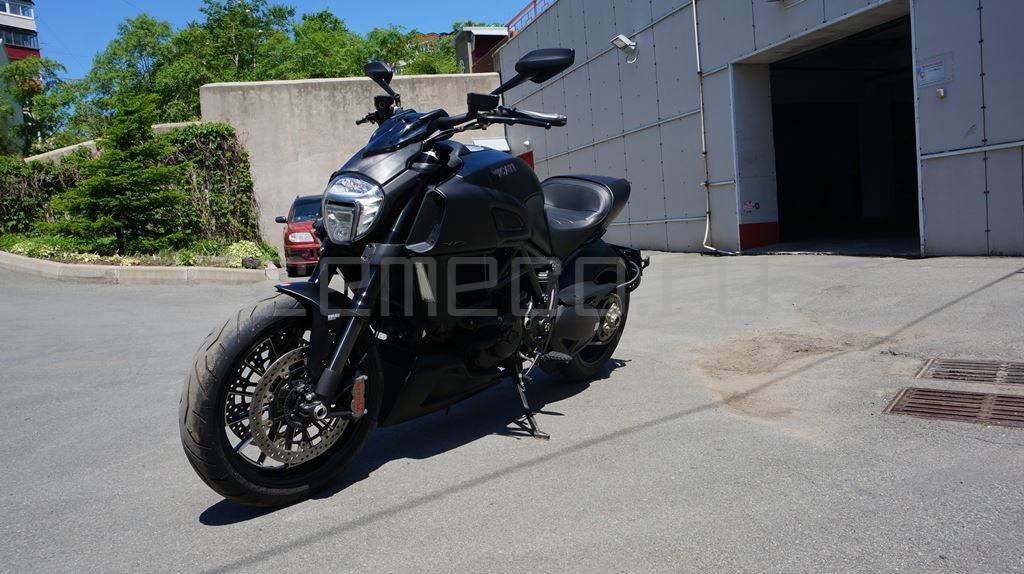 Ducati Diavel Dark (9)