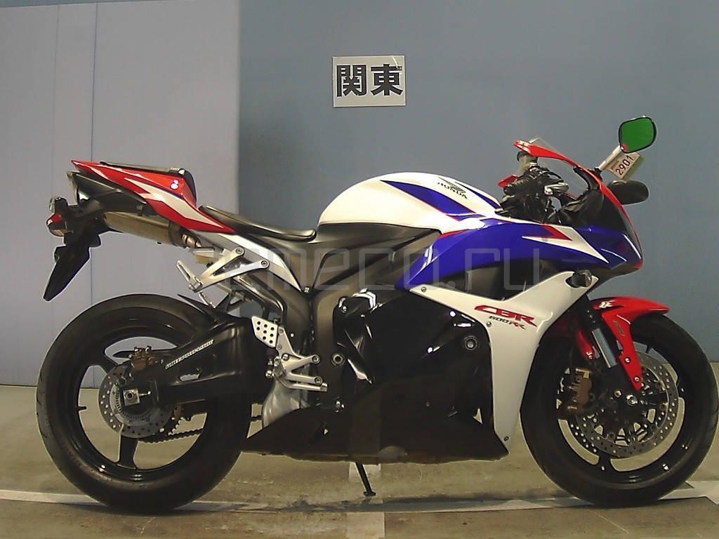 Honda CBR600RR 2010 (6849км) (1)