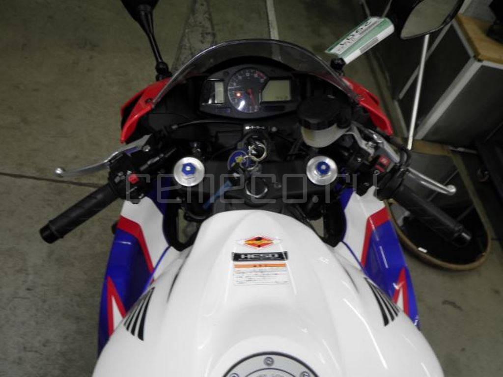 Honda CBR600RR 2010 (6849км) (12)