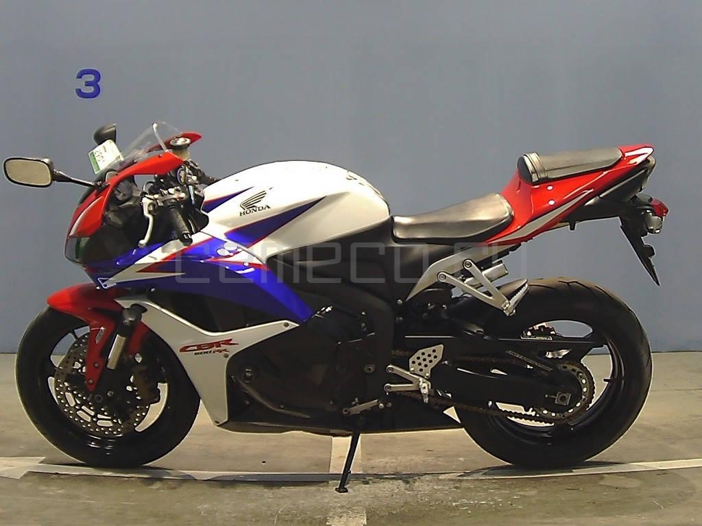 Honda CBR600RR 2010 (6849км) (2)