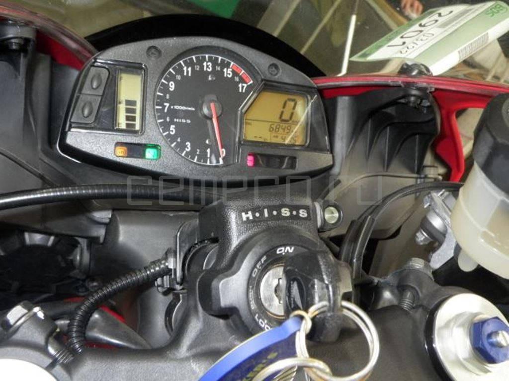 Honda CBR600RR 2010 (6849км) (26)
