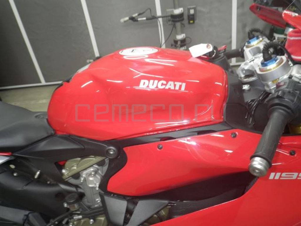 Ducati 1199 Panigale S (3070км) (17)