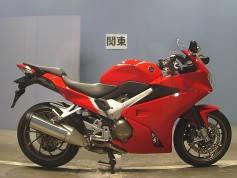 Honda VFR800F (1)