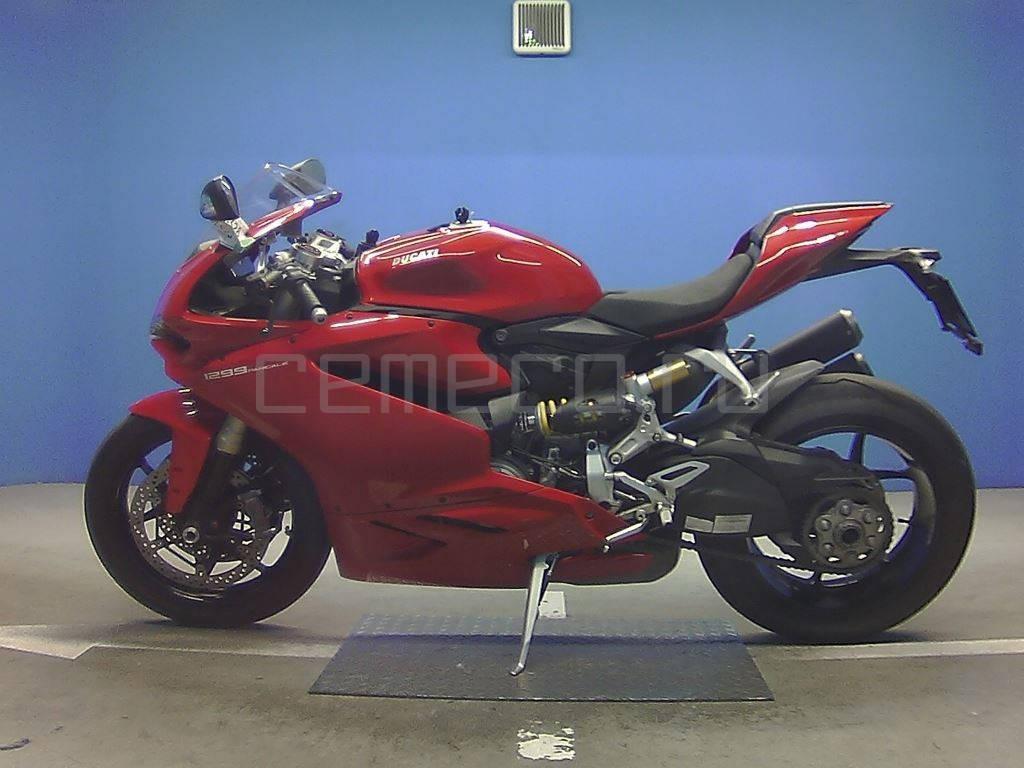 Ducati 1299 Panigale 2015 (2)