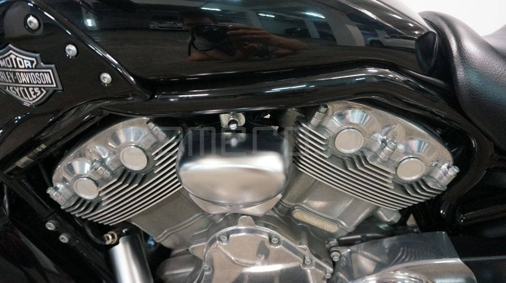 Harley Davidson V-Rod Muscle (571км) (16)