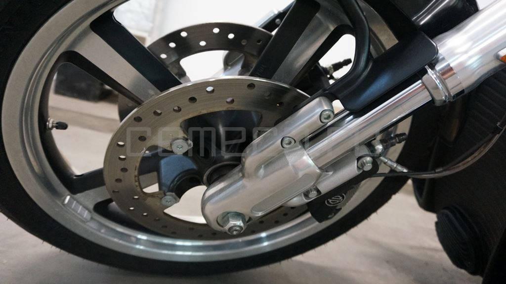 Harley Davidson V-Rod Muscle (571км) (19)