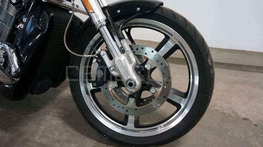 Harley Davidson V-Rod Muscle (571км) (37)