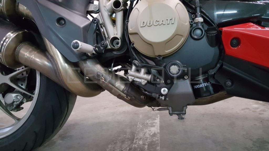 Ducati StreetFighter S (16)
