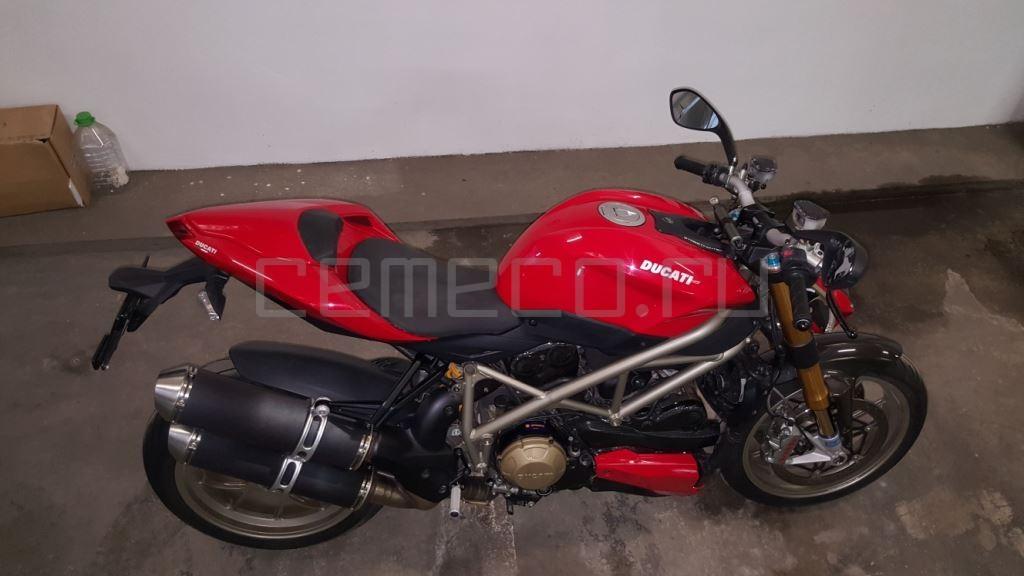 Ducati StreetFighter S (24)