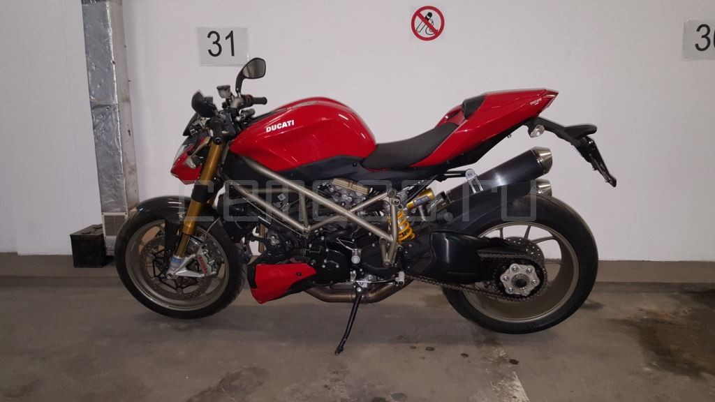 Ducati StreetFighter S (32)