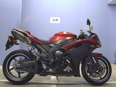 Yamaha YZF-R1 49186 (3)