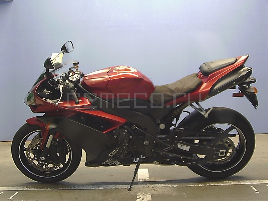 Yamaha YZF-R1 49186 (6)