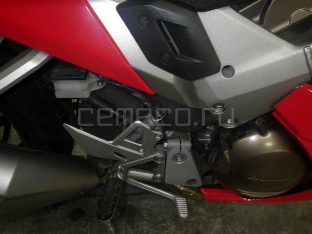 Honda VFR800F 9112 (29)
