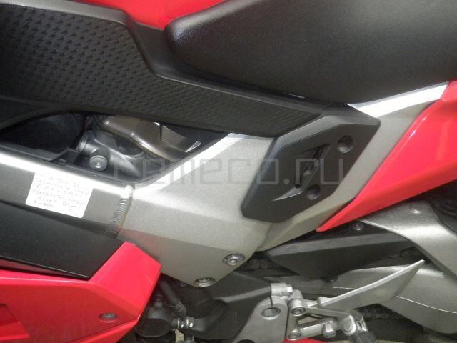 Honda VFR800F 9112 (30)