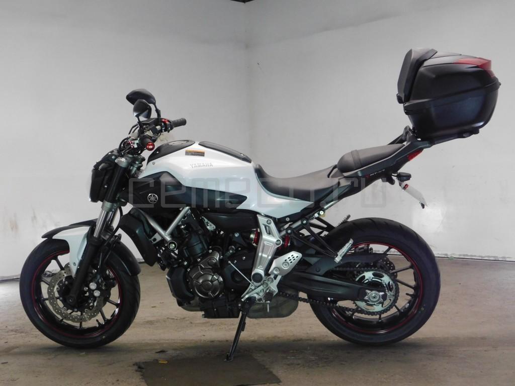 Yamaha MT-07 8938 (3)