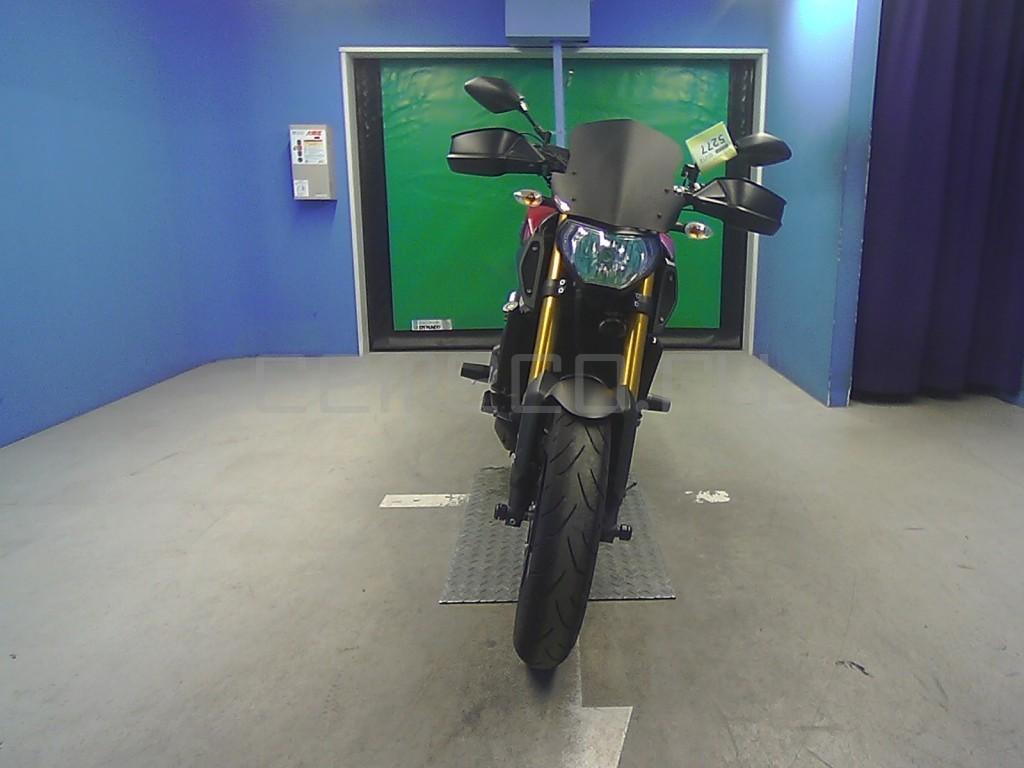 Yamaha MT-09 2770 (2)