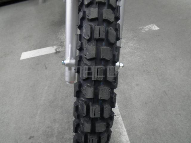 Yamaha SEROW 250-2 10 (13)