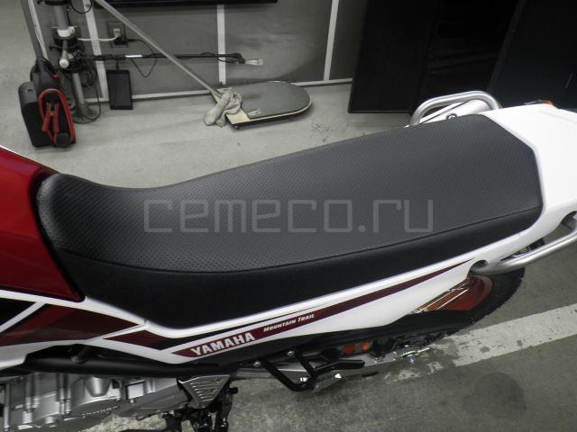 Yamaha SEROW 250-2 10 (17)