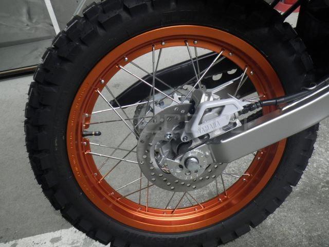 Yamaha SEROW 250-2 10 (20)