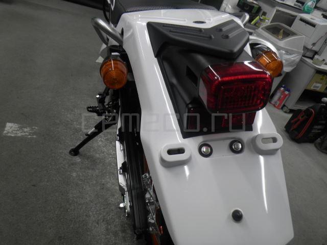 Yamaha SEROW 250-2 10 (24)