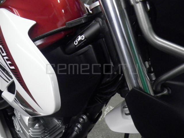 Yamaha SEROW 250-2 10 (29)