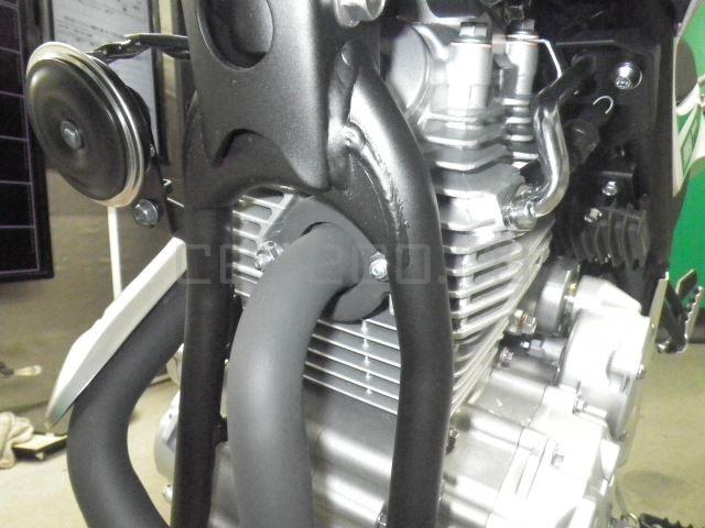 Yamaha SEROW 250-2 10 (9)