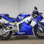 Yamaha YZF-R1 13943 (2)