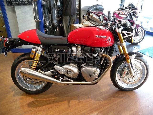 Triumph Thruxton 1200 R (1)