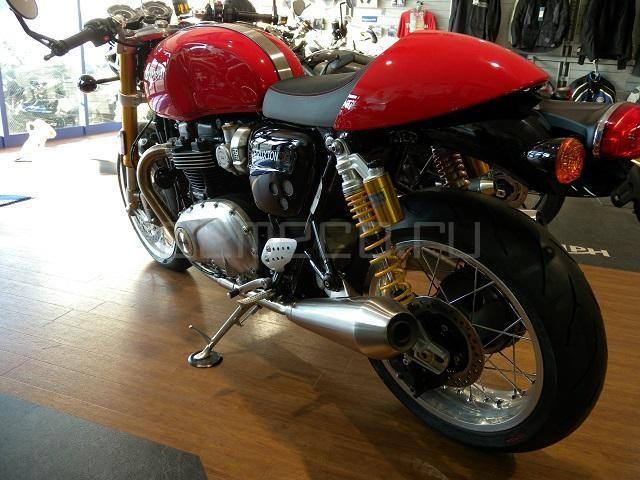 Triumph Thruxton 1200 R (5)