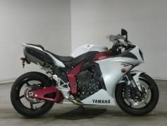 Yamaha YZF-R1 9437 (2)