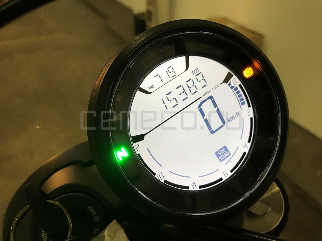 Ducati Scrambler Sixty2 (18)