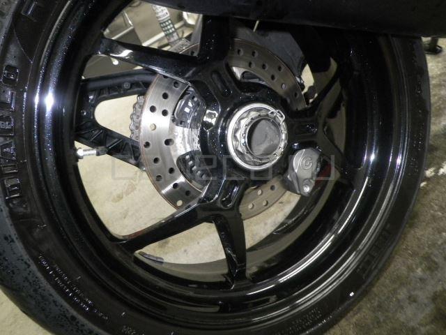 Ducati MONSTER 1200S 8091 (24)