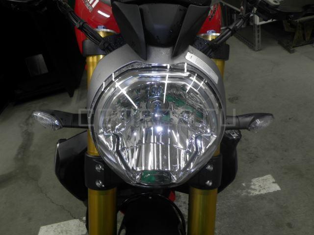 Ducati MONSTER 1200S 8091 (27)
