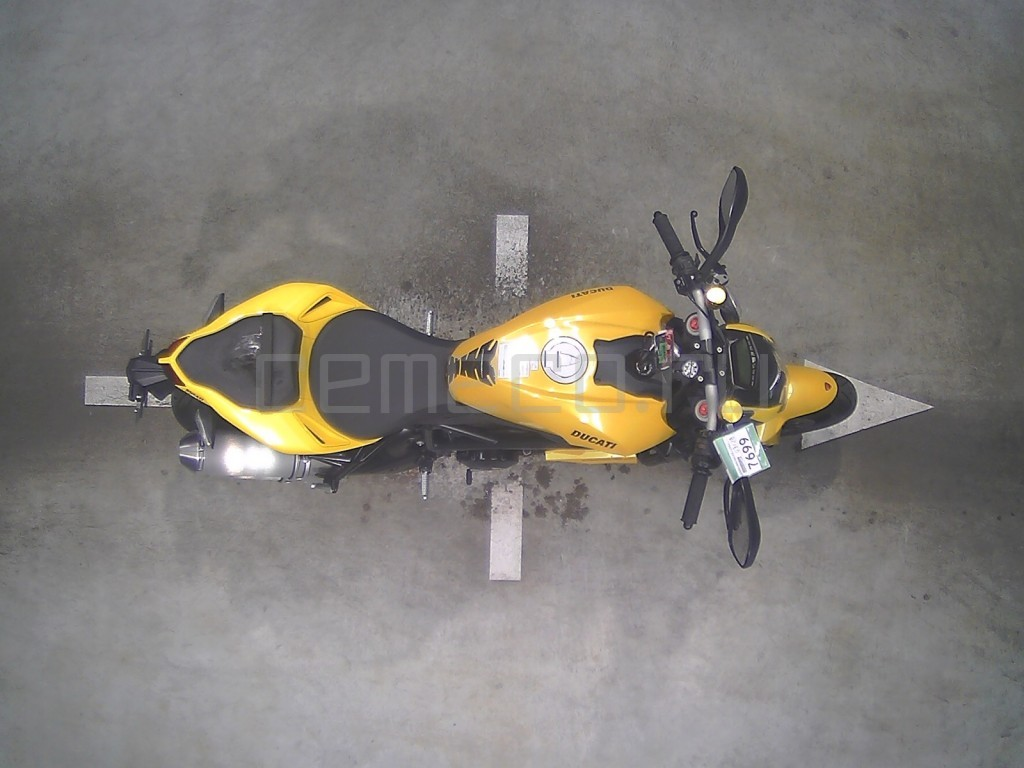 Ducati STREETFIGHTER 848 10849 (4)