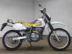 Suzuki DR250R 23017 (2)