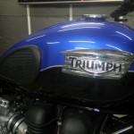Triumph BONNEVILLE T100 1551 (18)