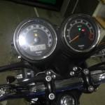 Triumph BONNEVILLE T100 1551 (27)