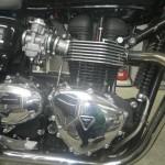Triumph BONNEVILLE T100 1551 (9)
