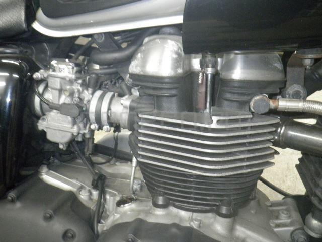 Triumph THRUXTON 25662 (9)