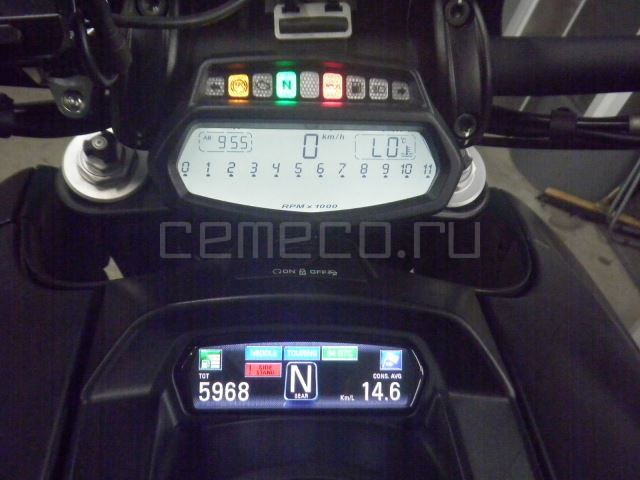 Ducati DIAVEL DARK 5968 (25)