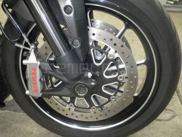Ducati DIAVEL CARBON 8601 (16)