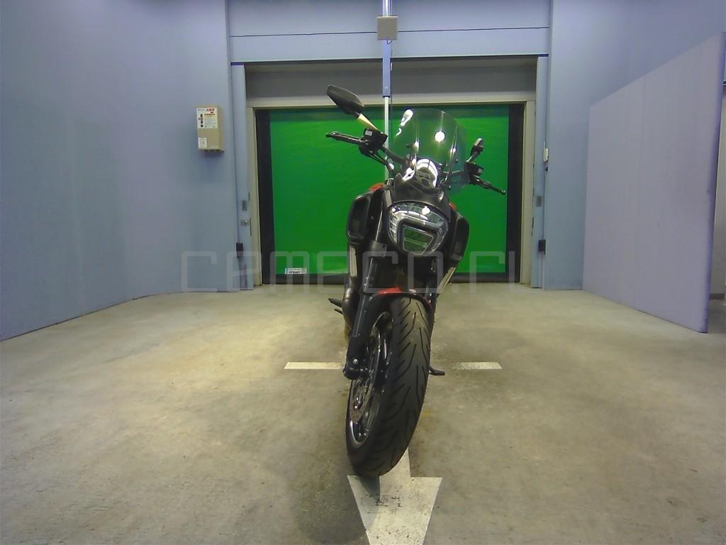 Ducati DIAVEL CARBON 8601 (2)