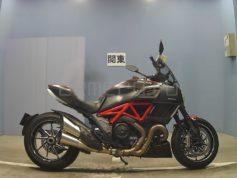 Ducati DIAVEL CARBON 8601 (3)